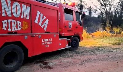 Transportes, hidrantes y aviones están disponibles para combatir incendios
