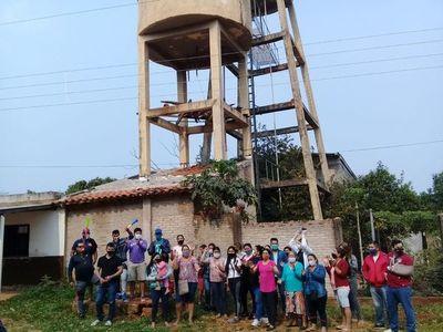 Vecinos de un barrio de Limpio se manifiestan para exigir agua