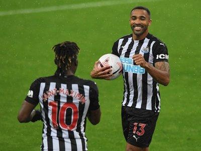 El Newcastle se acerca a la zona noble tras derrotar por 3-1 al Burnley