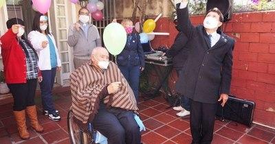 La Nación / El ideólogo del Día de la Amistad cumplirá 96 años