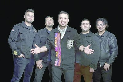 "Crónica / DANI MEZA: ""Desde un principio quisimos conectar nuestra música paraguaya con Latinoamérica"""
