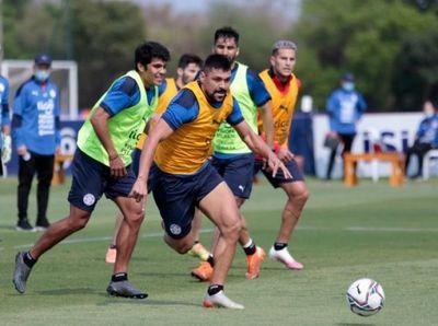 La Albirroja se prepara para su debut en eliminatorias