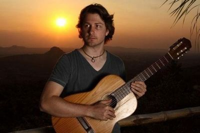 Artista paraguayo retorna a escena con un nuevo sencillo