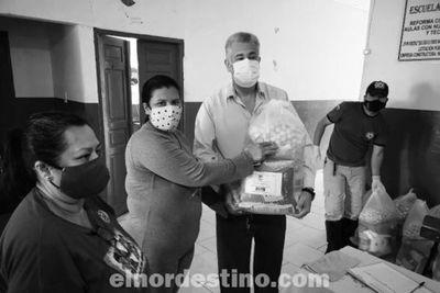 Desde hoy lunes 5 la Municipalidad de Pedro Juan Caballero inició la entrega de kits de alimentos en instituciones de enseñanza