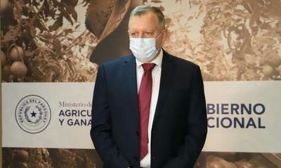 Productividad de agronegocios vs medio ambiente: titular el MAG bajó línea