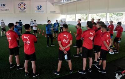 Trabajos tácticos de cara al debut de la Selección Paraguaya