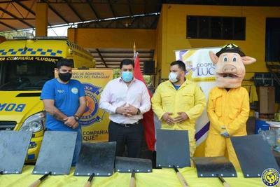 """Cooperativa Luque dona equipos a los """"Héroes Nacionales"""" •"""