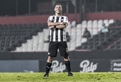 Sebastián Ferreira es el goleador del Apertura 2020