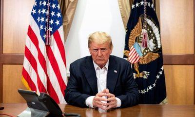 Trump anuncia que abandona el hospital