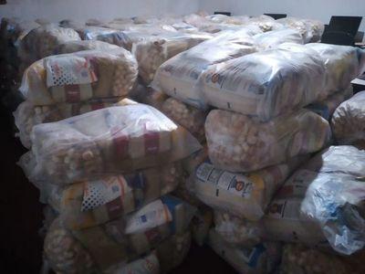 Municipalidad prosigue entrega de kits del almuerzo escolar