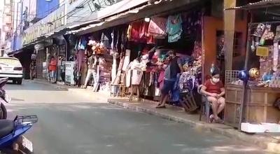 Incertidumbre entre comerciantes de CDE ante nueva extensión de cierre de fronteras