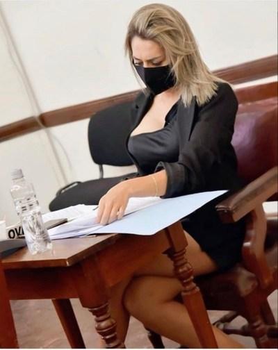 """Argentina: Concejala de Salta acusó de hostigamiento a sus colegas por """"presionarla"""" sobre su vestimenta"""