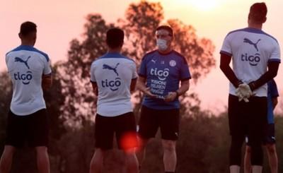 Un lesionado o un inactivo es la duda de Berizzo para enfrentar a Perú