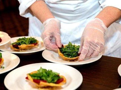 Ayuda más importante para el sector gastronómico queda en suspenso