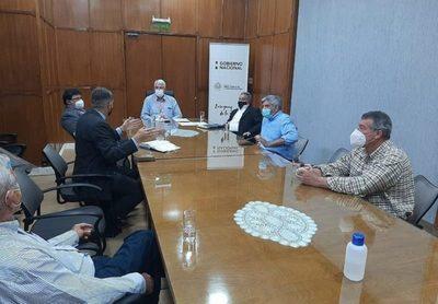 Gobernación y ARP Alto Chaco unen fuerzas para mejorar caminería y atraer inversiones