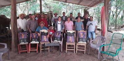 Entregan semillas a productores de San Joaquín