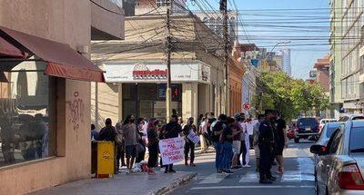 Unos 200 universitarios se movilizan para exigir la aprobación del proyecto Arancel Cero