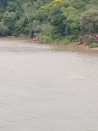 Hallan cuerpo de uno de los desaparecidos en río Monday