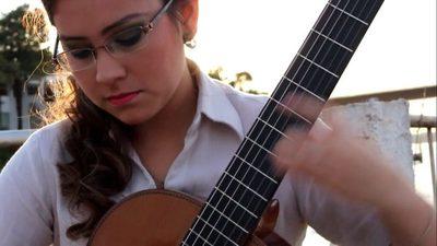 Encarnacena es finalista en concurso de guitarra clásica en Italia