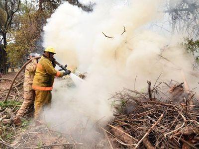 Bomberos controlan principio de incendio en el Jardín Botánico