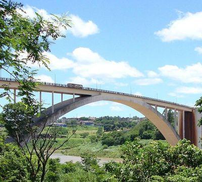 Puente de la Amistad reabrirá el día 15 de octubre, según medios brasileños