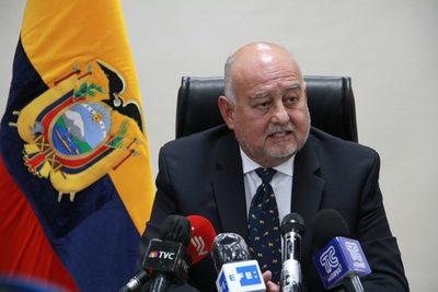Ecuador se propone reforzar el programa económico y seguir el acuerdo con el FMI