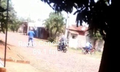 Vecino graba a bandidos en pleno asalto