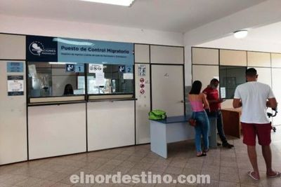 La Unión de Facultades de Medicina de Paraguay trabaja junto a Migraciones para garantizar la documentación de estudiantes