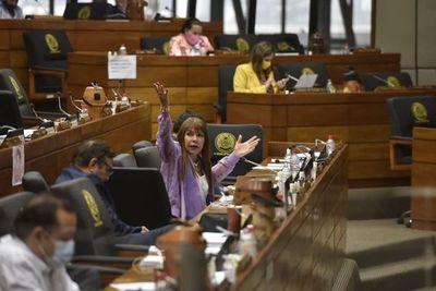 Suspenden a Celeste Amarilla por hablar de dinero sucio del cartismo – Diario TNPRESS