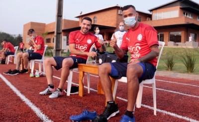 Paraguay inicia el sueño de volver a un mundial de fútbol