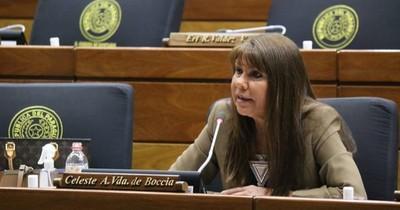 La Nación / El PLRA rechaza sanción a Celeste Amarilla y pide revocarla