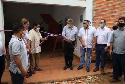 MAG inauguró secadero de yerba mate en comunidad aché Kuetuvy Ko'eti de Canindeyú