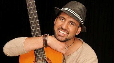 """El cantante Alessandro Galas prometió un """"desnudo"""" si gana Paraguay pero, el aclaró el contexto"""