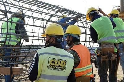 Obra del Puente Héroes del Chaco emplea a más de 150 personas