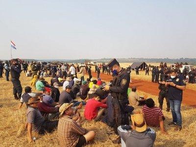 Imputan a 10 supuestos invasores de inmuebles rurales en Hernandarias