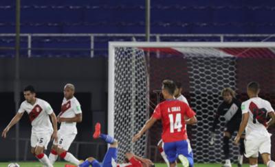 HOY / Va a 7 la cifra de juegos que Paraguay no puede ganar a Perú