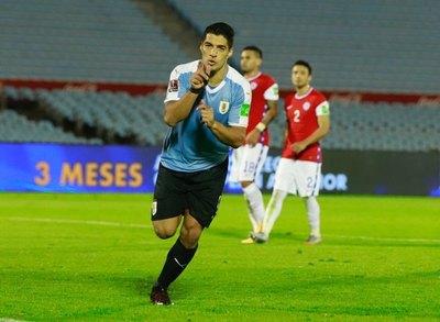 Con arbitraje de Éber Aquino, Uruguay derrota a Chile