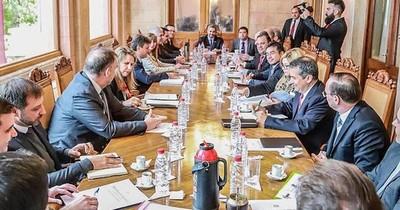 La Nación / Vientos de cambios en el gabinete del Ejecutivo
