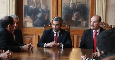 HOY / Próxima semana se darían cambios en ministerios, adelanta asesor de Abdo