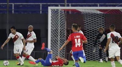 Paraguay suma siete juegos sin poder vencer a Perú