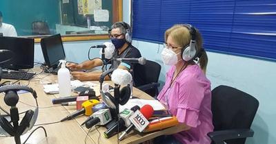 Hijas de Óscar Denis iniciaron espacio radial para hablar con su padre