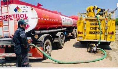 Copetrol pone camiones cisternas a disposición de la Secretaria de Emergencia Nacional para ayudar a combatir incendios en las zonas más afectadas del país