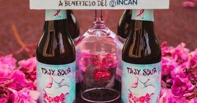 La Nación / Presentan una cerveza artesanal de color en honor al Octubre Rosa