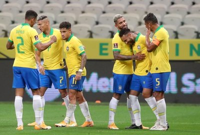 Brasil se divirtió y arrolló a Bolivia en casa