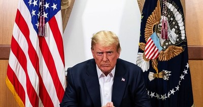 """La Nación / Trump dice que está """"libre de medicación"""" y describe su lucha contra el COVID-19"""