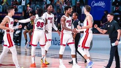 Los Heat derrotan a los Lakers y siguen con vida
