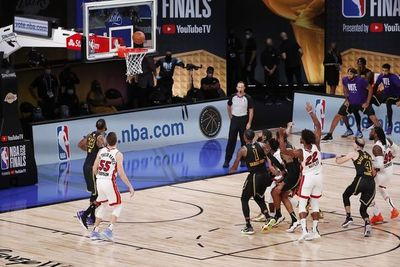 Miami Heat ganó el quinto partido y sigue vivo en las Finales