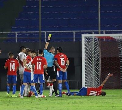 Crónica / Conmebol difundió el audio entre el árbitro Néstor Pitana y la gente del VAR