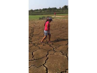 Riachos casi secos  afectan a ayoreos en Carmelo Peralta