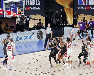 Los Heat derrotan a Lakers en un final de infarto